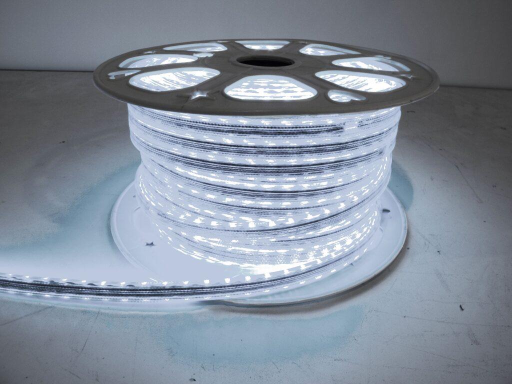 110v Weatherproof Pier Light Strip 164ft Cool White
